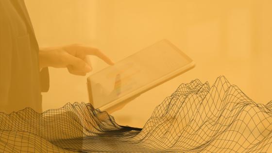 É um novo mundo, um novo paradigma. Momentos como este apresentam duas opções para pessoas e empresas: ficar estagnado ou reinventar-se. A relação de uma marca com o consumidor muda e torna-se mais próxima, apesar da distância. O digital avança e passa a estar muito mais presente no dia a dia das pessoas. Ficaremos mais conectados.